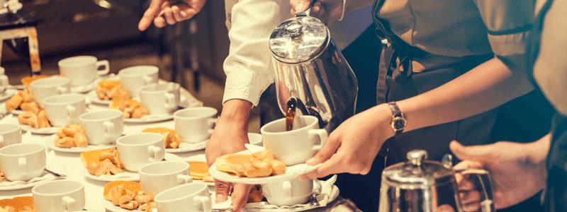 Eventos corporativos, como workshops, cursos e palestras, o ideal é servir um coffee break.