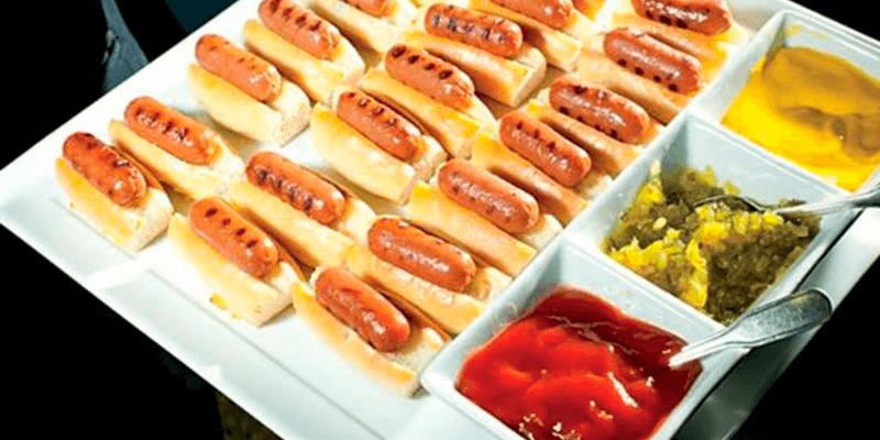 Uma maneira divertida de servir hot dogs